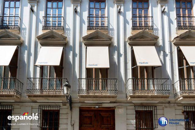 Espanole_Ih_Valencia_23-1056-640-480-80 (1)
